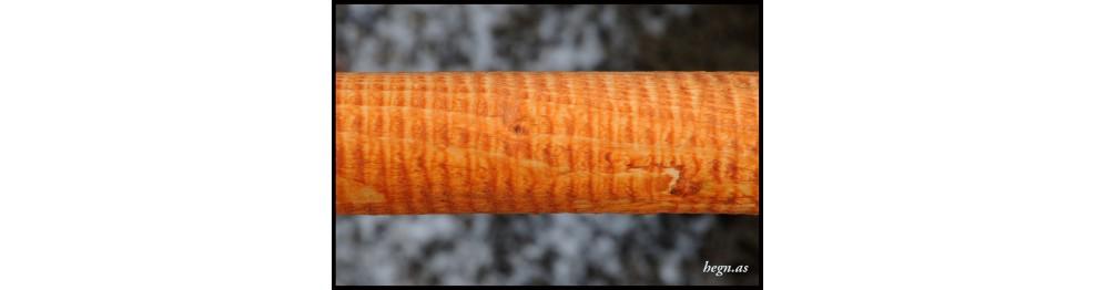 Linolie behandlet træ